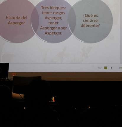 Ponencia de Elsa Cortés sobre inflexibilidad e hipersensibilidad sensorial - Autism 4 Good